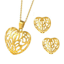 все цены на Stainless Steel Heart Shape Hollow Out Pendant Necklace And Earrings Sets For Wedding Party Women Elegant Jewelry Set Hollow Out онлайн