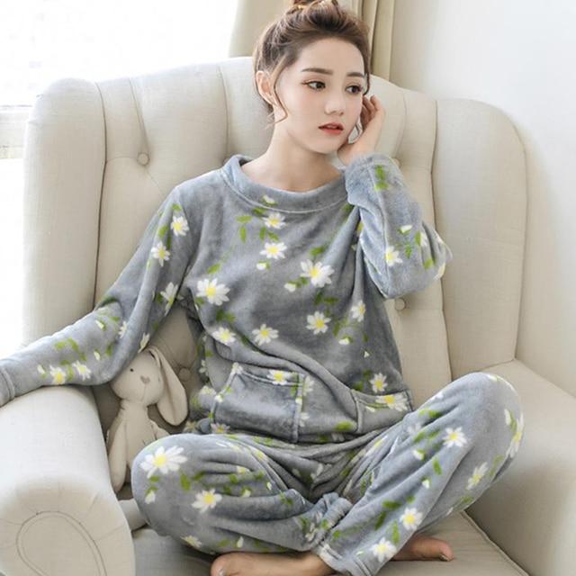 hot sale 2018 Winter new Pijama Thick Pyjamas Warm Women Flannel Pajamas  For Sleepwear kawaii print Pajama Set Female Nightgown 4a58c4c714