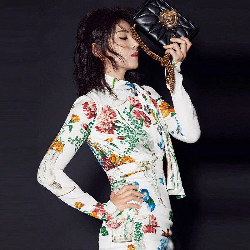 6d32fb10a618 Aderente Bianco Progettista Donna 2019 Mini Abiti Abbigliamento Vestito  Della Stampa Partito Floreale Del Elegante Pista ...