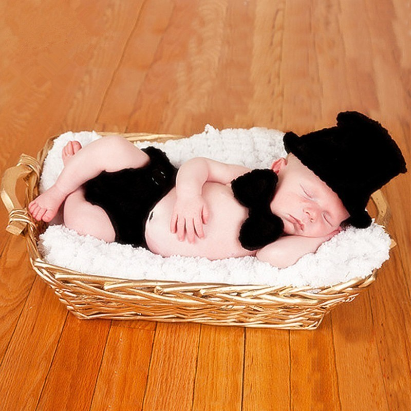 Newborn Photography Props Baby Boy Accessories Baby Clothes Photography Black Knitted Hat+Bow Tie+Pants Set Baby Photo Props