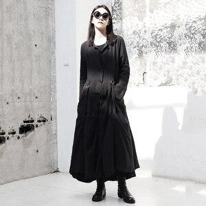 Image 3 - [Eem] 2020 yeni bahar sonbahar yuvarlak boyun uzun kollu siyah toka bölünmüş eklem gevşek uzun rüzgarlık kadın trençkot moda JR485