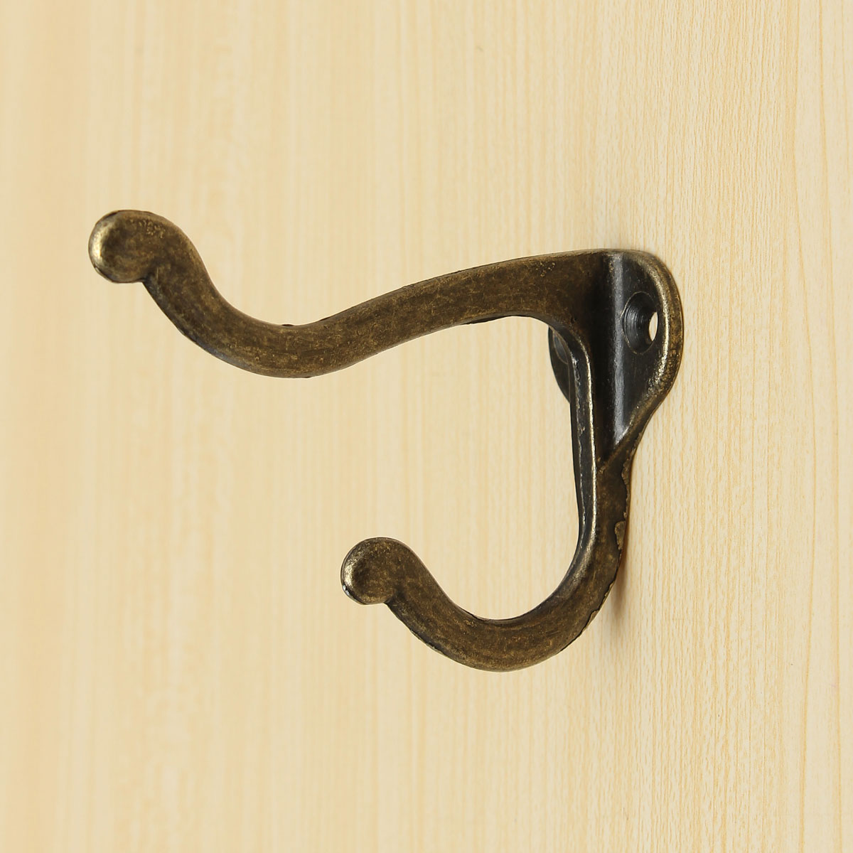 1Pcs Vintage Antique Style Hanger Bathroom Assistance Metal Hat Coat Clothes Towel Robe Bath Wall Mounted Door Hooks 53X29X75mm