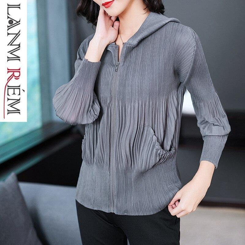 LANMREM High Quality 2019 Spring Summer New Fashion Pleated Hooded Sweatshirt Casual Loose Zipper Full Sleeve Tops Female NA929