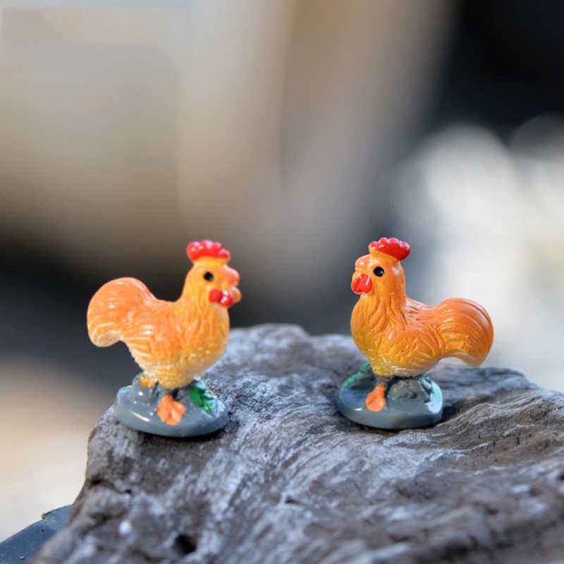 2 Pcs/lot Cute Mini Cocks Animal Miniature DIY Resin Craft Ornament Decoration Accessories Figure Toy