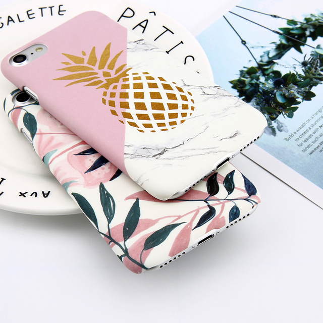 Leaves Patterned Hard Phone Case