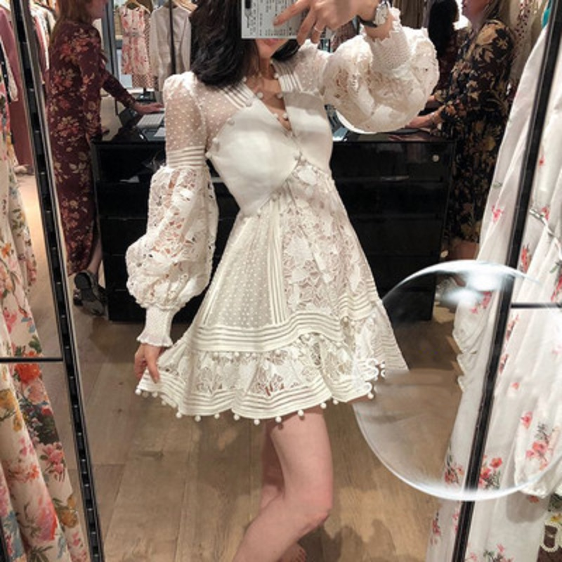 2019 été haute qualité évider broderie dentelle Mini bourgeon robes à manches longues blanc v-cou femmes vêtements