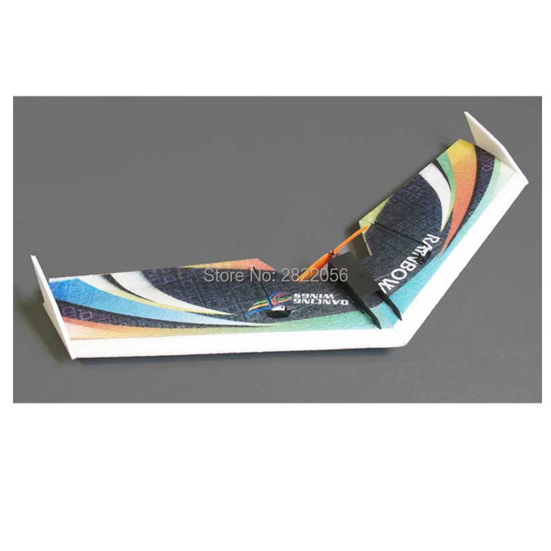 Free shipping RC Plane EPP Airplane Model DW HOBBY Rainbow Fly Wing 800mm Wingspan Tail push version RC Airplane Kit
