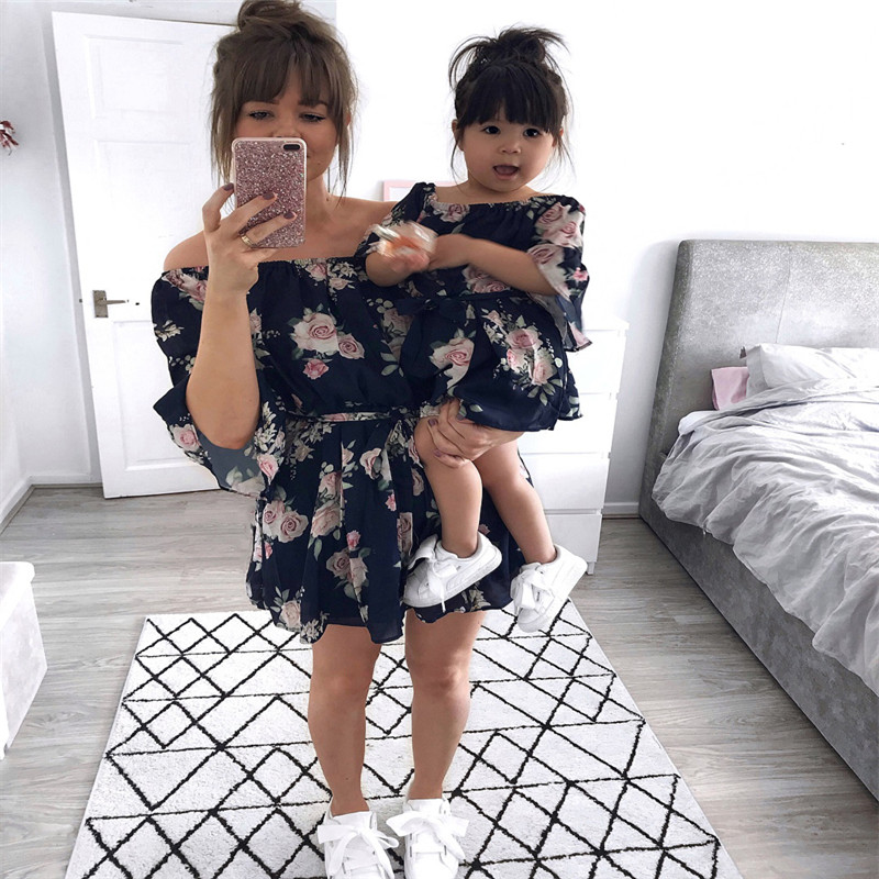 2019 Summer Family Clothes Mother Daughter Women Girl Short Sleeve Floral Mini Mom Dress Kids Child Outfits Mum Sister Baby Girl