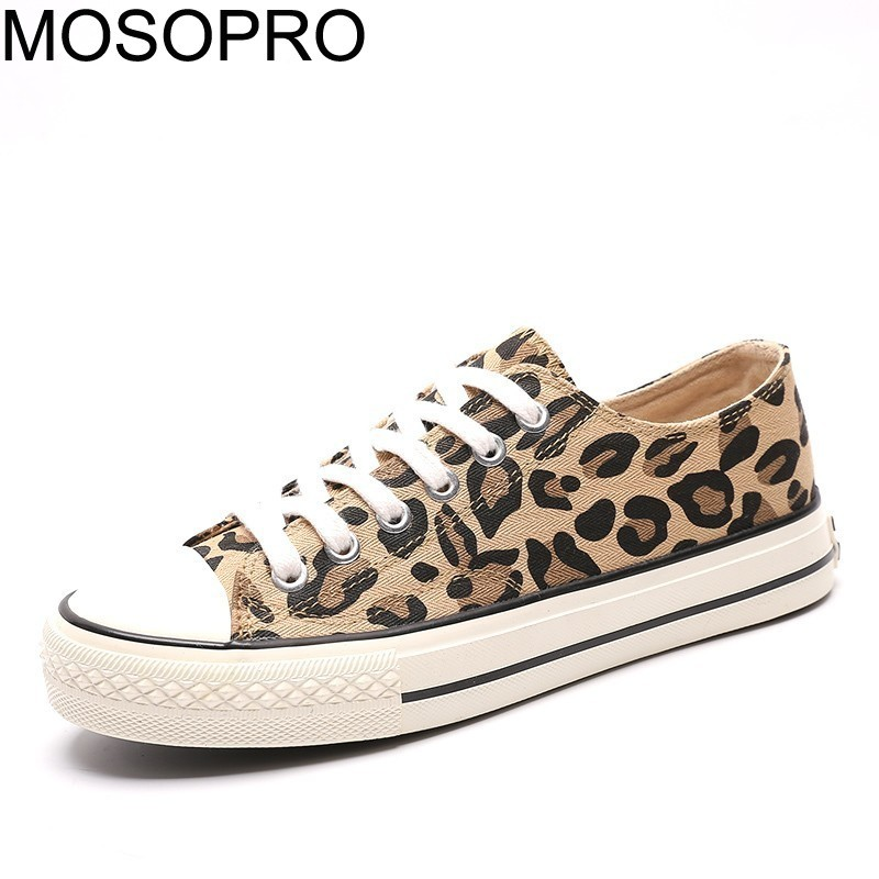 Skateboarding Efficient Mosopro Woman Shoes Spring Canvas Shoes Leopard Walking Graffiti Skateboard Women Tennis Shoes Ladies Vulcanized Sneakers S074