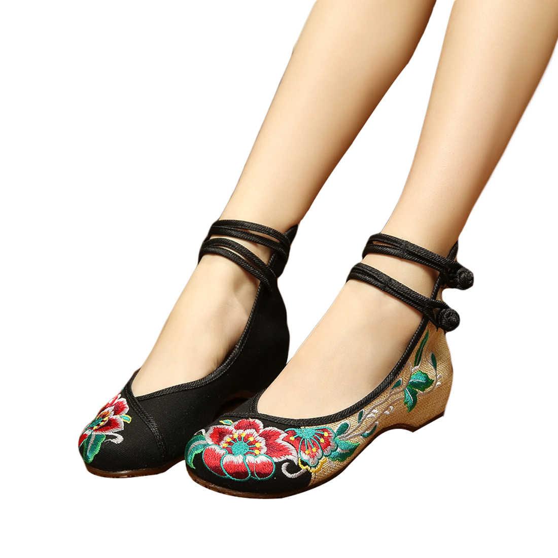 จีนรองเท้าผู้หญิงเย็บปักถักร้อย Mary Jane ผ้า Flats แบบดั้งเดิมปักเก่าปักกิ่งดอกไม้ผ้าใบขนาดใหญ่