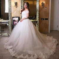 Customized Plus Size Wedding Dresses 2019 Off the Shoulder Appliques Bride Dress Princess Wedding Gown robe de mariee