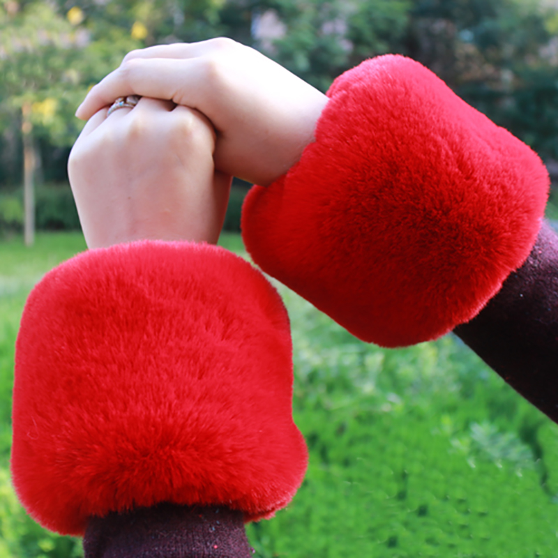 Damen-accessoires Hülse Frau Herbst Und Winter Fell Büro Sleeves Warme Kurz Handgelenk Pelz Hand Ring Nachahmung Kaninchen Fuchs Manschetten Plüsch W113 Chinesische Aromen Besitzen