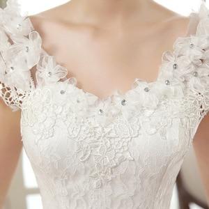 Image 2 - 긴 웨딩 드레스 2020 새로운 화이트 간단한 그레이스 섹시한 보트 넥 캡 슬리브 레이스 appiques 층 길이 볼 가운 신부 드레스