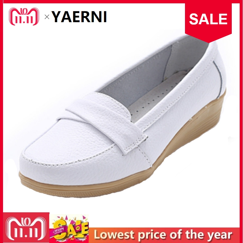 YAERNI 2017 Shoes Woman Leather Women Shoes Flats 3 Colors Buckle Loafers Slip On Women's Flat Shoes Moccasins Plus Size 8803W цены онлайн