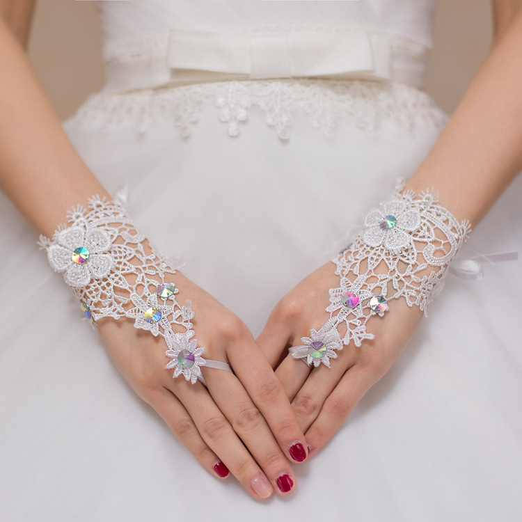 Cheap beautiful girl Gloves Wrist Length  forbeautiful Beaded Crystal Fingerless beauty Wris Accessories