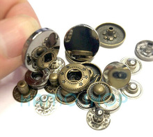 купить 20sets/lot With Tool Box New Metal Press Studs Sewing Button Snap Fasteners Sewing Leather Craft Clothes Bags 831/501/201 дешево