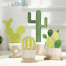 Colorful Printed Wooden Cactus Designed Figurine Desert Plant Crafts of Home Decoration Accessories Decorative Artificial