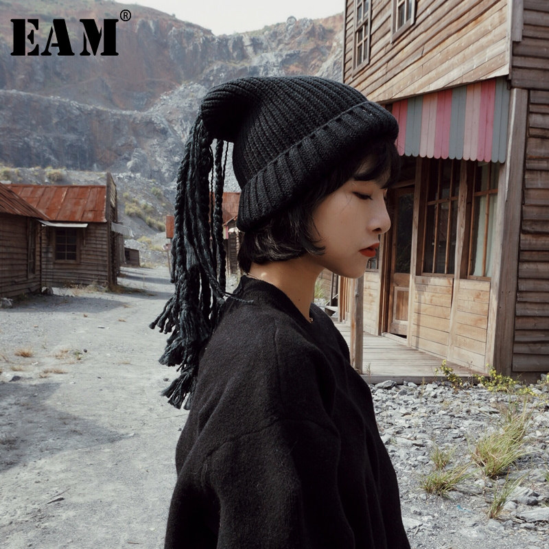 [EAM] 2020 Spring Winter Woman Personality Stylish Dreadlocks Tassels Knitting Keep Warm Two Wear Methods Hat All Match LI045
