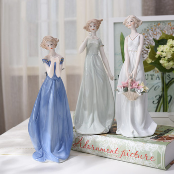 Western Female Characters Sisters Lady Home Decor Ceramic Figurines Art Crafts Coffee Bar Porcelain Ornament Wedding Decoration