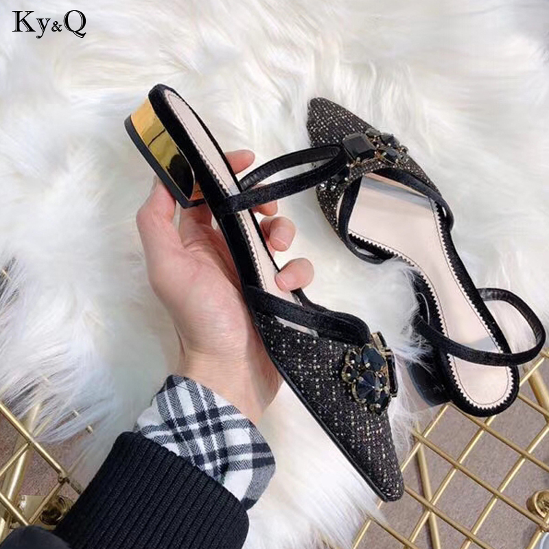 2019 Summer New Ladies Fashion Baotou Thick With A Word Buckle With Suede Rhinestone Pointed Head With Casual Wild Sandals 3-5cm2019 Summer New Ladies Fashion Baotou Thick With A Word Buckle With Suede Rhinestone Pointed Head With Casual Wild Sandals 3-5cm