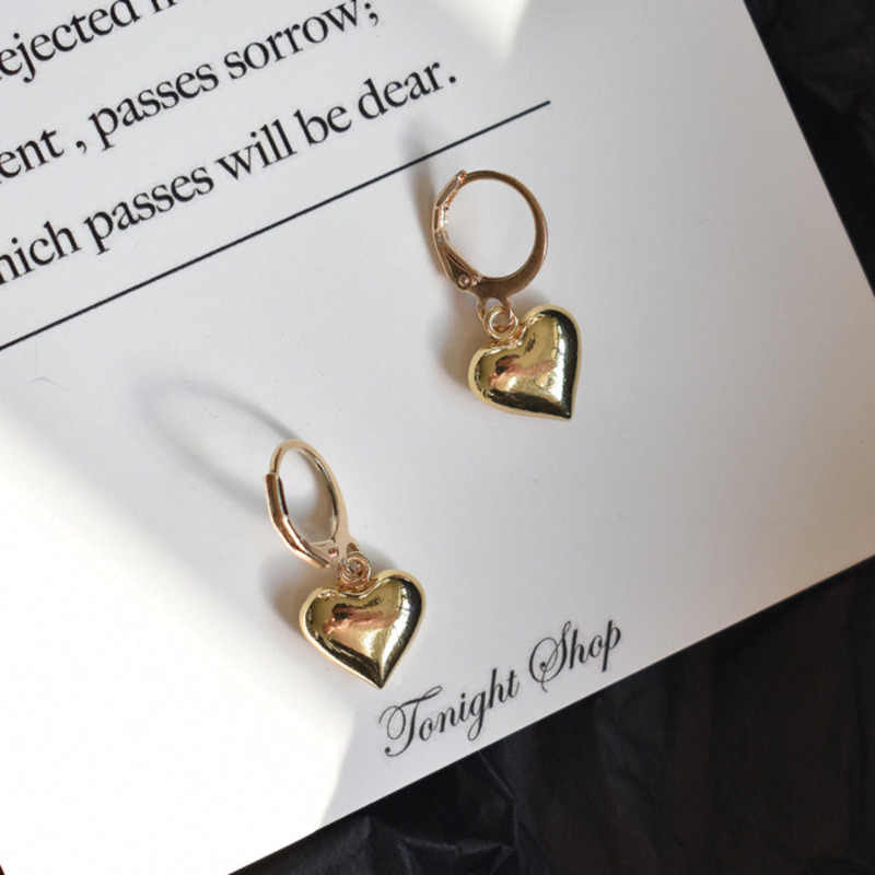 New Fashion Ins Temperament Metal Circle Lovely Peach Heart Double-sided Polishing Jewelry Hoop Earrings For Women Accessories