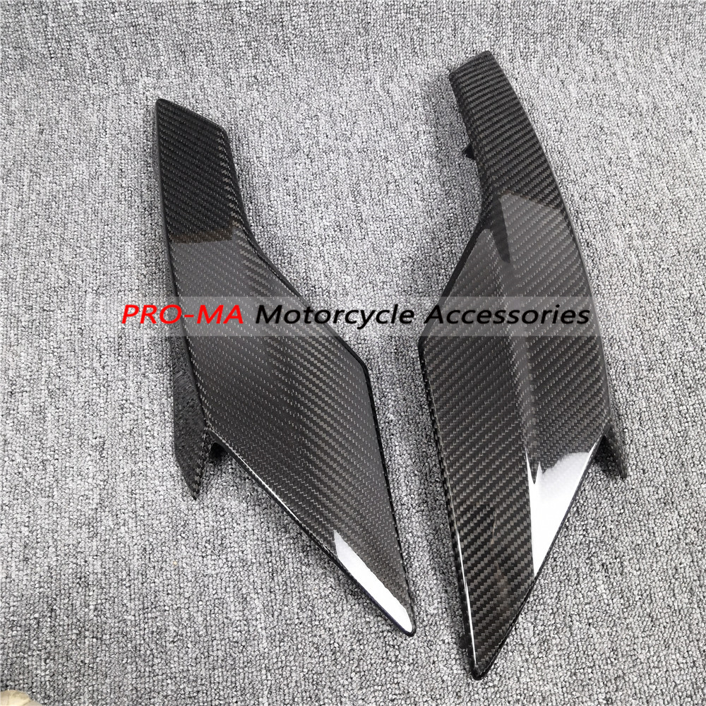 Motorcycle  Belly Pan In Carbon Fiber For Triumph Street Triple 765 RS Twill