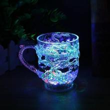 Красочная светящаяся чашка с освещением с водой, чашки для жидкости, Индукционная чашка для вспышки, вечерние украшения, чашка для жидкого сока, контейнер