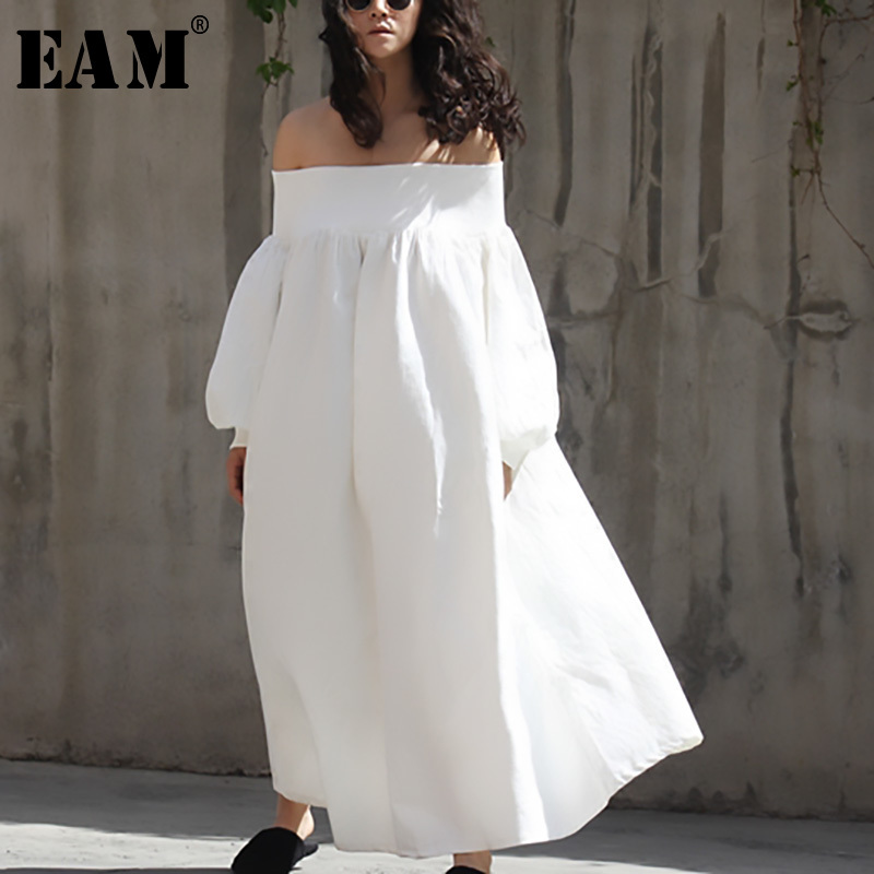 [EAM] 2020 New Spring Autumn Slash Neck Long Sleeve White Loose Big Size Long Temperament Dress Women Fashion Tide JS4520