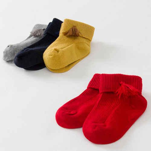 2019 recién nacido bebé niñas calcetines borla tobillo alto Hosiery calcetines de algodón sólido lindo Casual algodón moda nuevo Otoño Invierno
