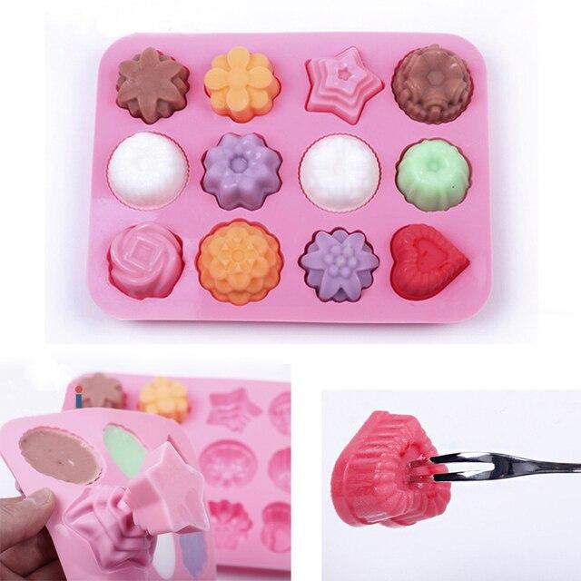 Kek pişirme kalıp silikon sabun kalıp 3D çikolata malzemeleri 12 delikli fırın tepsisi tepsi kalıpları şeker yapma aracı DIY jöle kalıp