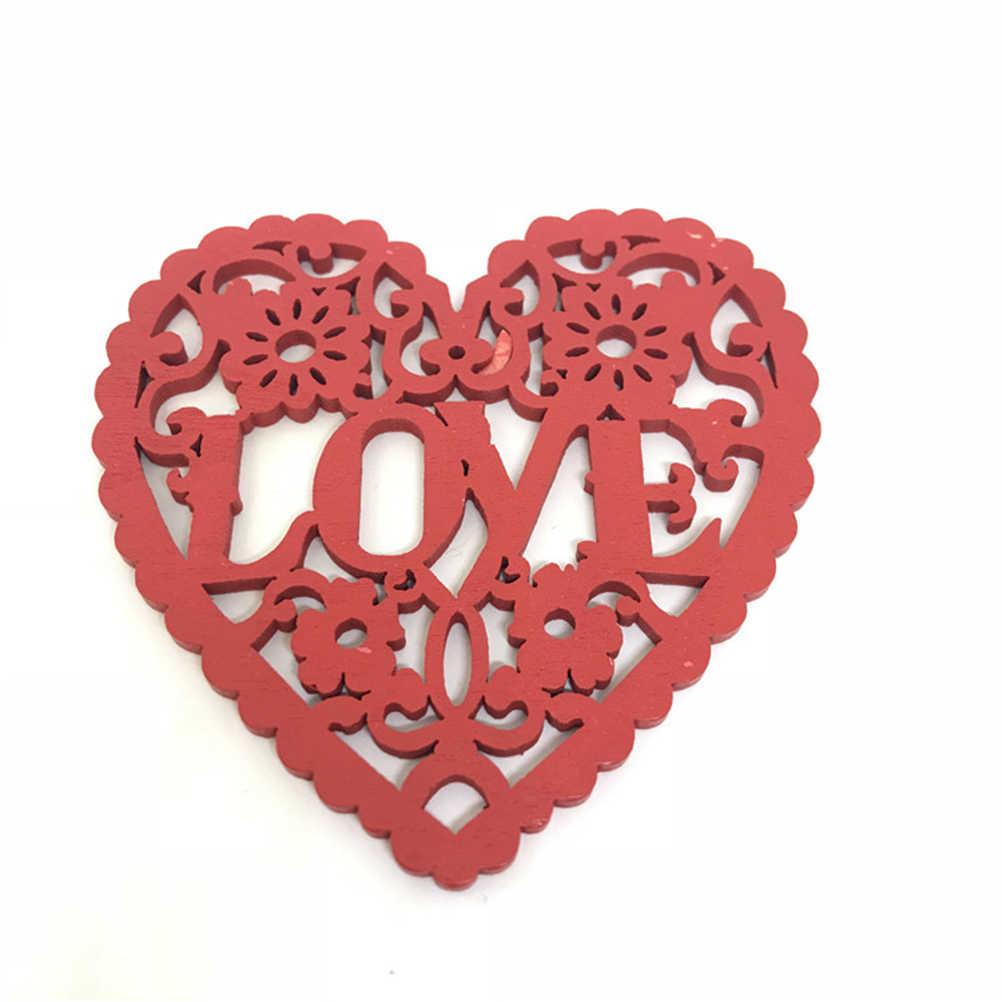 10 ชิ้นหัวใจไม้รักหัวใจตกแต่ง Cutout DIY แขวนแผ่นชิ้นเครื่องประดับจี้สำหรับงานแต่งงานคริสต์มาส