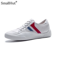 Women Flat Platform Shoes New 2019 Ladies Lace up Casual Striped Shoes Fashion Women Black White Round Toe Leather Flats D025