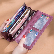 2019 new long wallet female leather multi-card position function snap retro clutch