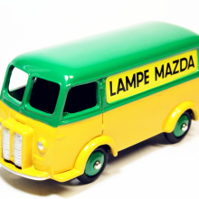 1/43 Atlas Dinky Toys 25B Fourgon Tole PEU*GEOT D.3.A.LAMPE MAZDA