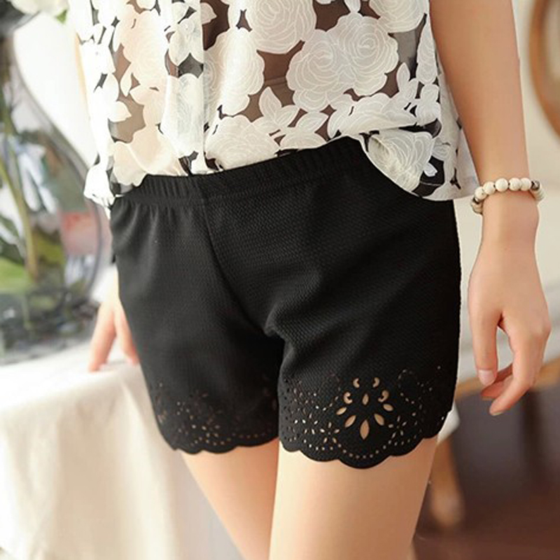 Black White Sweet Girl Shorts Summer Ladies Elastic Middle Waist Casual Hollow Floral Summer Shorts 2019 Korean
