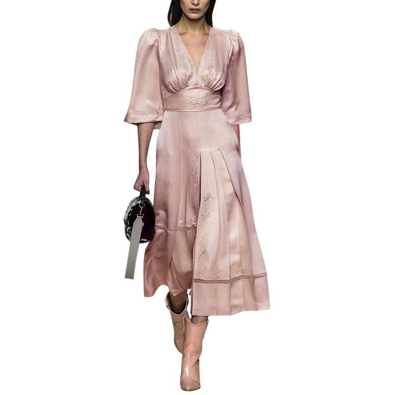 Frau kleidung elegante v ausschnitt hohe taille schlitz ausgestelltes halb sleeve plissee eine linie midi frauen kleid weiß spitze einfügen rosa kleid-in Kleider aus Damenbekleidung bei  Gruppe 1
