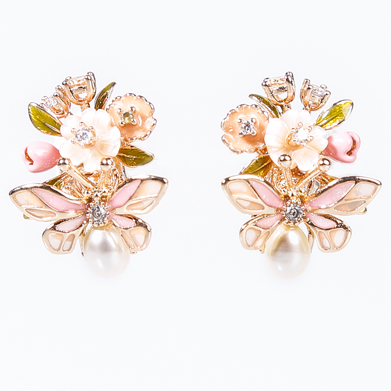 Image 5 - Vanssey Fashion Jewelry Insect Beetle Flower Natural Mother of Pearl Shell Enamel Stud Earrings Accessories for Women 2019 New-in Stud Earrings from Jewelry & Accessories