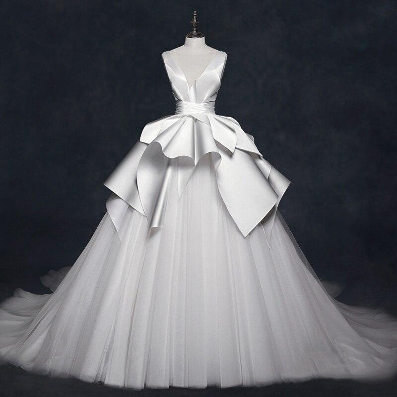 Vivian's Bridal Retro Satin Ruffle Princess Fantasy Wedding Dress Illusion Mesh Lce up Backless Customized Bridal Ball Gown
