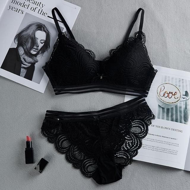 Women Sexy No Steel Ring Wire Free Bra Lace Floral Briefs Underwear Triangle Cup Bra Set