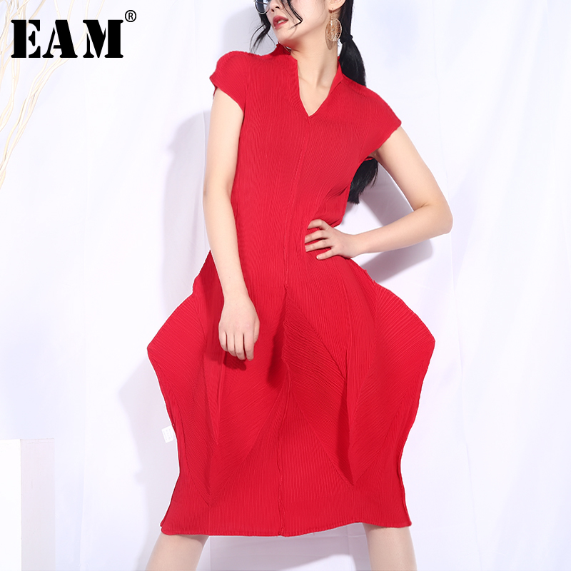 EAM 2019 New Spring Summer V collar Short Sleeve Red Stereoscopic Personality Loose Big Size