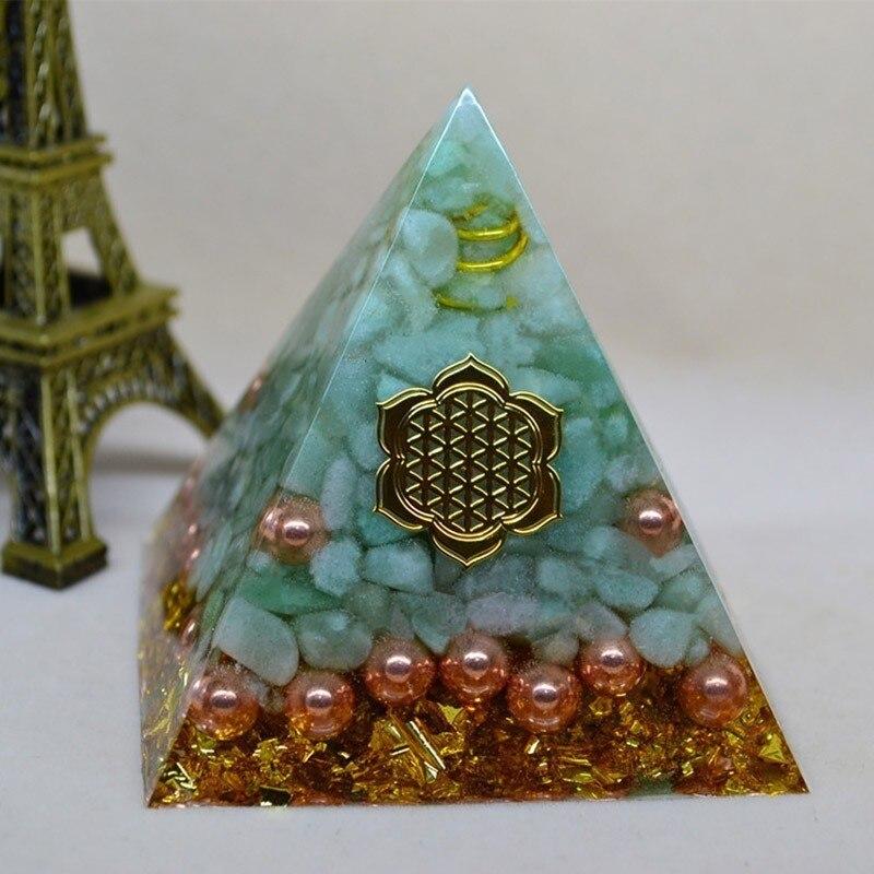 Orgonite Pyramid Natural Aura Tianhe Stone Crystal Energy Decoration Bring Good Luck Handmade Resin Decorative Craft Jewelry