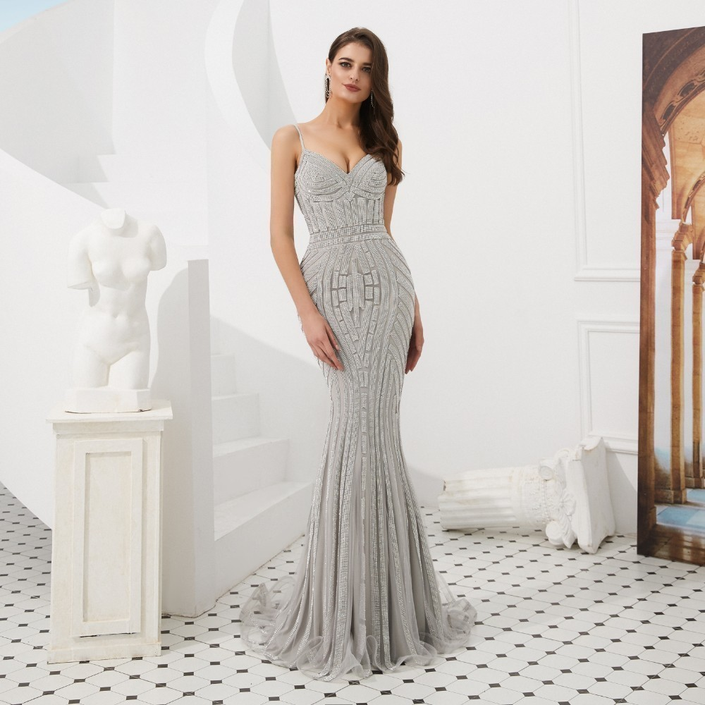 Vivian's Bridal 2019 Fashion Spaghetti Strap Women Mermaid Evening Dress Sexy Deep V-neck Backless Beading Stripe Party Gown