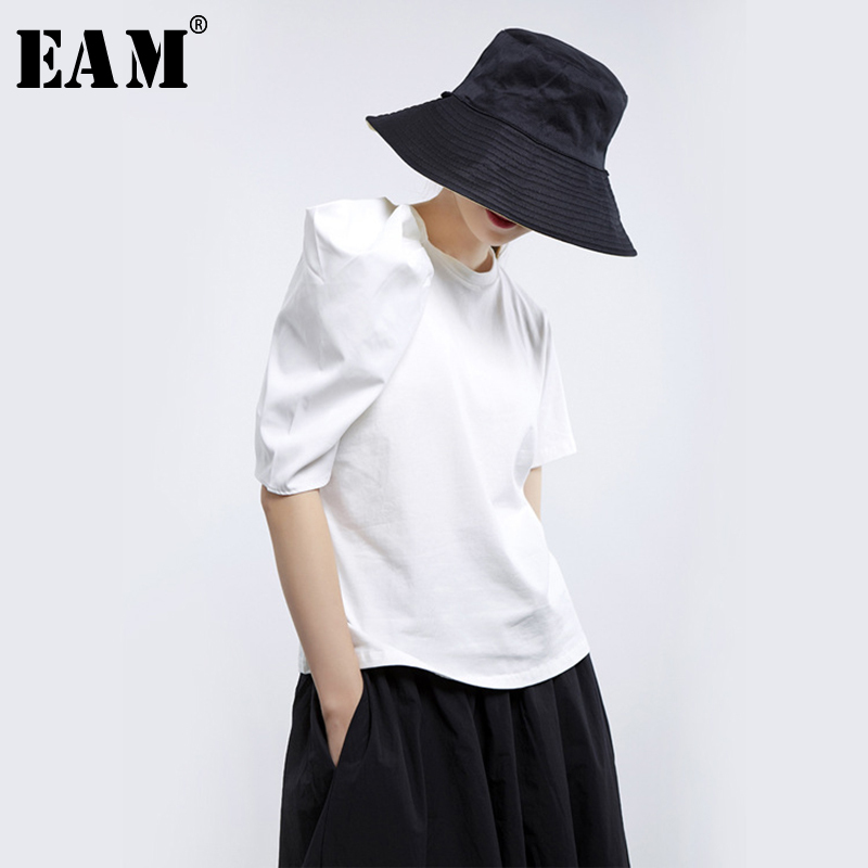 [EAM] 2020 New Spring Summer Round Neck Half Sleeve White Loose Pleated Three-dimensional Loose T-shirt Women Fashion Tide JU178