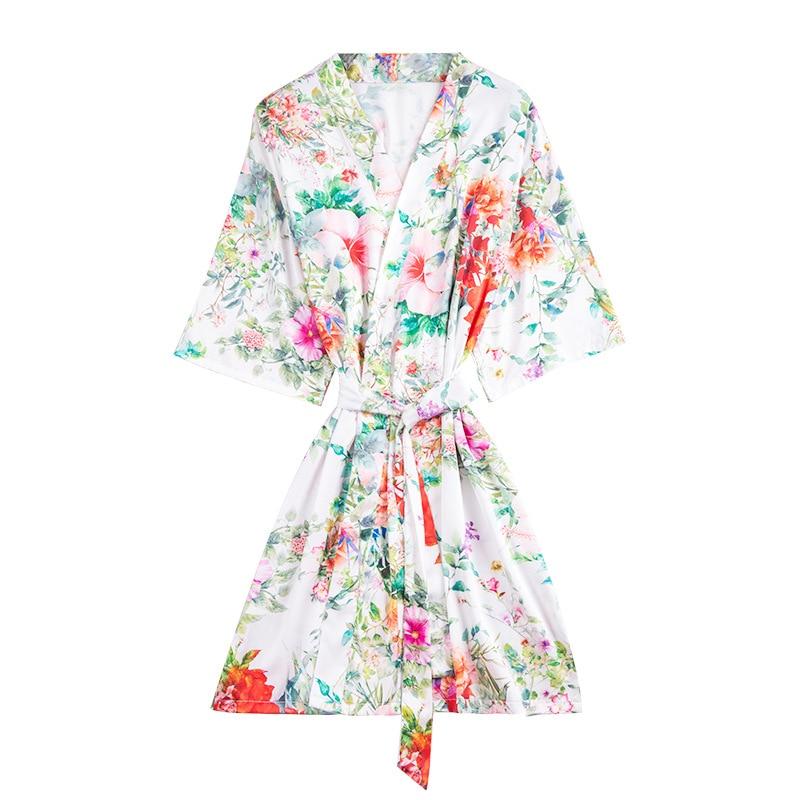 2019 Silk Satin Wedding Bride Bridesmaid Robe Floral Print Bathrobe Short Kimono Robe Bath Robe Fashion Dressing Gown For Women in Robes from Underwear Sleepwears
