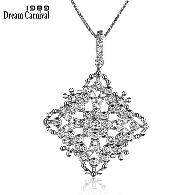 DreamCarnival 1989 New Square Shapes Filigree Bohemia Style Thin Chain Fancy Ladies Sterling Silver 925 Silver Pendants SZ07329R