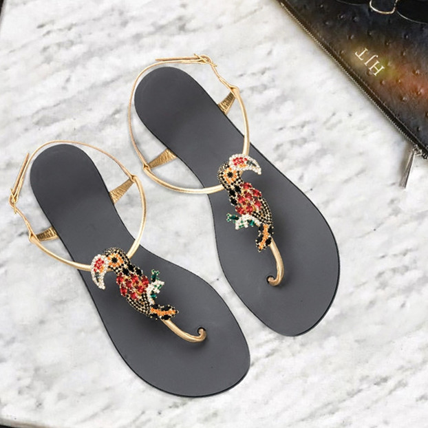 2018 Hot Summer Shoes Woman Sandals Fashion Street Animal Crystal Metal Decoration Sandwich Toes Buckle Strap Sandals Woman2018 Hot Summer Shoes Woman Sandals Fashion Street Animal Crystal Metal Decoration Sandwich Toes Buckle Strap Sandals Woman