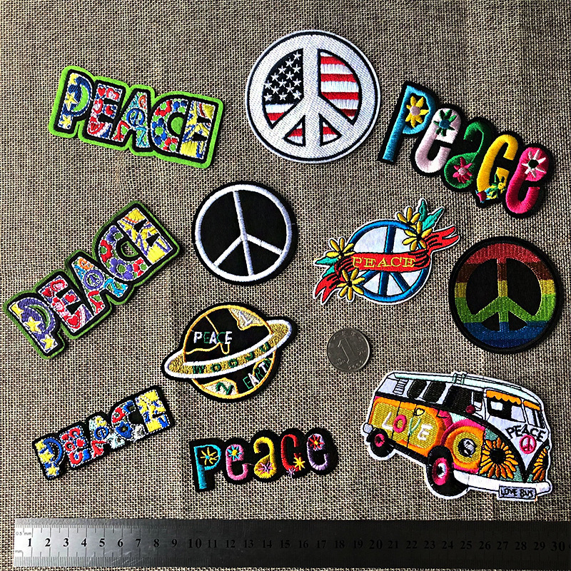 PGY Peace Letter Embroidery Patches Round Colorful Gay Pride Appliques for clothing Iron