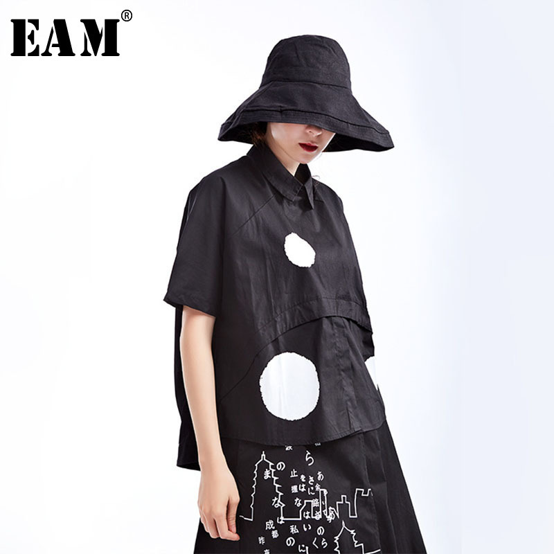 [EAM] 2020 New Spring Summer Lapel Short Sleeve Black Dot Printed Split Joint Loose Big Size Shirt Women Blouse Fashion JS789