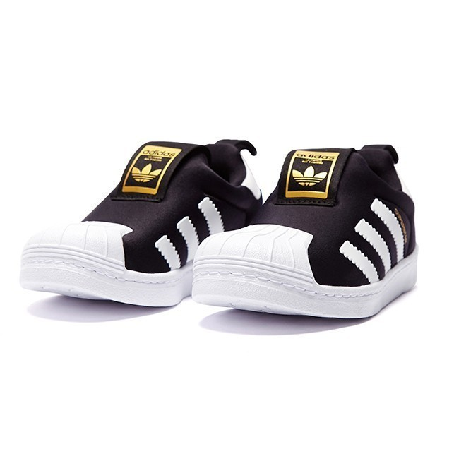 timeless design 9d56e eb4db US $35.09 71% OFF|Adidas Superstar Original Kids Breathable Running Shoes  Children Light Comfortable Sports Sneakers #S32130-in Sneakers from Mother  & ...