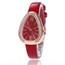 b5319be0da3 Mulheres Relógios Simples Triangular Pequeno Mostrador de Aço Elegante  Relógio Feminino Marca de Moda Roman Dial